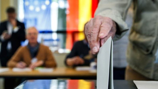 Almanya'da sandık başında! Seçimi Türkler belirleyecek