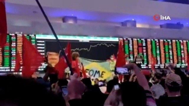 Brezilya'da halk Menkul Kıymetler Borsası'nı bastı!