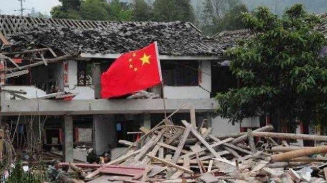 Çin'de 6 şiddetinde deprem: 3 ölü çok sayıda yaralı