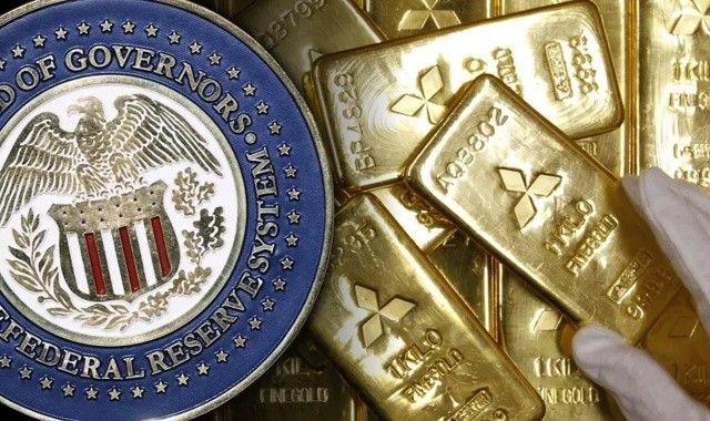 Fed bitti endişesi sürüyor: Gram altın fiyatı zincirleri kırdı