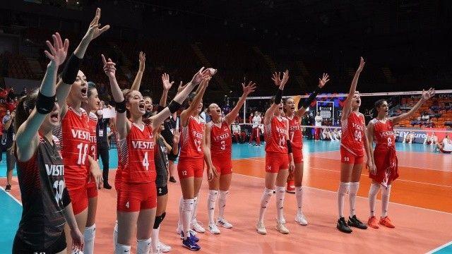 Filenin Sultanları madalya yolunda: A Milli Kadın Voleybol Takımı yarı final rakibi kim oldu? Türkiye voleybol yarı final maçı ne zaman?