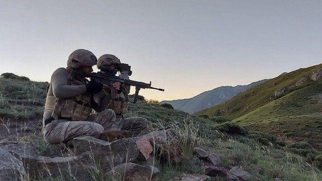 PKK'ya geçit yok! 11 terörist daha öldürüldü