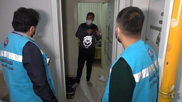 Koronavirüslü genç apart evde yakalandı