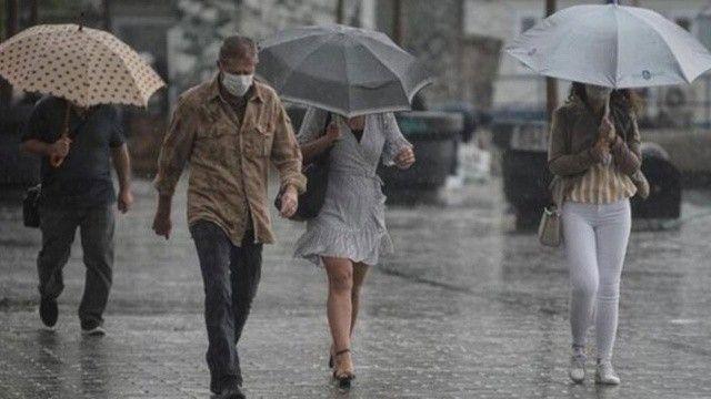 İstanbul, Doğu Anadolu ve Akdeniz'de kuvvetli geliyor! Meteoroloji saat vererek uyardı