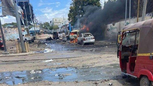 Somali'de Cumhurbaşkanlığı Sarayı yakınında bombalı saldırı: 7 ölü 8 yaralı