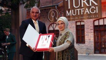 'Asırlık Tariflerle Türk Mutfağı' kitabı ile ilgili iddialara bakanlıktan yalanlama