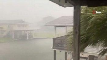 ABD'de alarm: Nicholas Kasırgası Teksas'ı vurdu