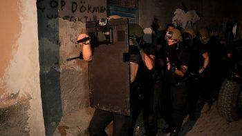 Adana ve İstanbul'da DEAŞ operasyonu: 14 gözaltı kararı