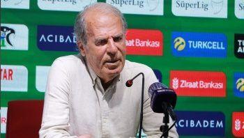 Altay Teknik Direktörü Mustafa Denizli: Beşiktaş zor bir dönemden geçiyor