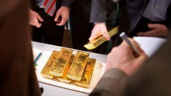 Altın fiyatı tepetaklak: Fed düşürüyor dolar ateşliyor