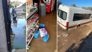 Asfalt bomba gibi patladı: Minibüs çukura düştü, süpermarketi su bastı