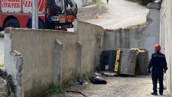 Ataşehir'de feci kaza: Silindir aracının altında kalan işçi öldü