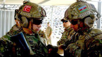 Bakü'de Türkiye ve Azerbaycan'dan ortak askeri tatbikat