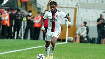 Beşiktaş, Valentin Rosier'in bonservisini aldı!