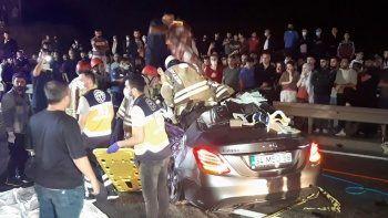 Beykoz'da feci kaza: Ölü ve yaralılar var