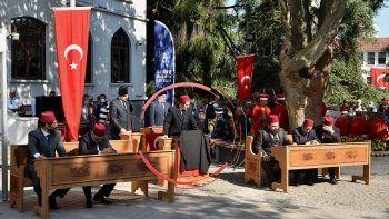 Bursa'da kurtuluş törenine 'Pûşide-i Siyah' damgası