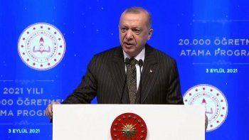 Cumhurbaşkanı Erdoğan 20 bin öğretmen atamasını gerçekleştirdi