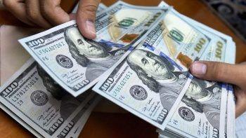 Dolarda sürpriz yükseliş: Kritik seviyeyi aştı