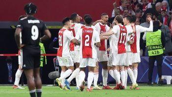 Eksik Beşiktaş, Ajax'a direnemedi! Maç Sonucu 2-0