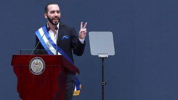 El Salvador Devlet Başkanı yazdı: Dünyadaki en havalı diktatör