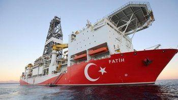 Fatih sondaj gemisi müjdeli haber için görevde