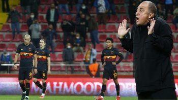 Aslan ağır yaralı! Maç Sonucu: Kayserispor 3-0 Galatasaray