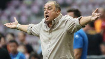 Galatasaray Teknik Direktörü Fatih Terim'den taraftarlara sitem!