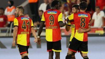 Göztepe, Başakşehir'i geriden gelip mağlup etti: 2-1