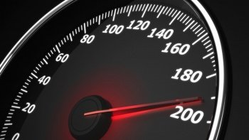 Hız sınırını aşan kadına rekor ceza: Tam tamına 192 bin 825 Euro