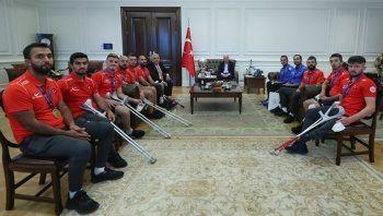 İçişleri Bakanı Süleyman Soylu, Avrupa Şampiyonu Ampute Futbol Milli takımını kabul etti