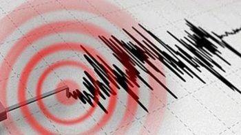 İran'da 5,2'lik deprem: 10 kişi yaralandı