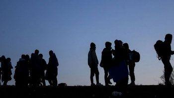 İran sınırından Türkiye'ye giren 25 düzensiz göçmen yakalandı
