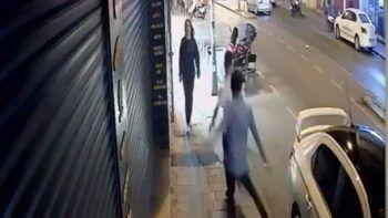 """İstanbul'da """"omuz atma"""" cinayeti! Can havliyle koştu"""