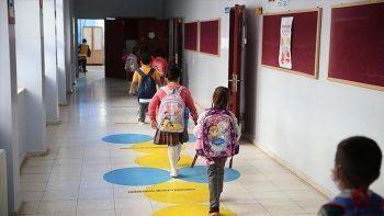 Karantinaya alınan 198 sınıf eğitime geri döndü