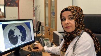 Koronavirüs'ün akciğer kanserini taklit ettiği vakanın doktoru anlattı: Adeta sihirbazlık..