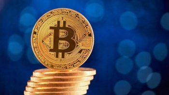 Kripto paralarda zirve günü: Bitcoin, Ripple ve Polkadot fiyatları uçtu