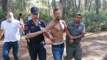 Manavgat'taki ormanı yakarken suçüstü yakalandı