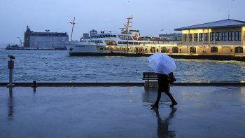Meteoroloji'den 25 ilde sağanak uyarısı: Öğle saatlerinde etkisini artıracak