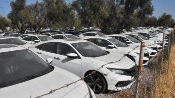 Otomobil stoğu iddiası! Bakan Muş: Kiralanmak üzere bekletiliyorlar