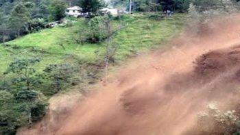 Pakistan'da toprak kayması: 12 ölü, 2 yaralı