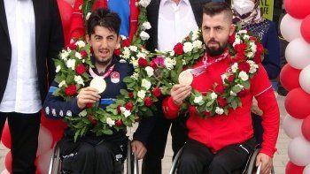 Şampiyonlara Trabzon'da mehterli karşılama