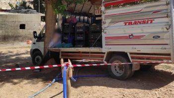 Seyyar satıcının feci ölümü: Kendi aracının altında kaldı