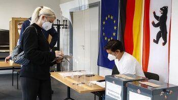 Son dakika! Almanya'da kıyasıya seçim yarışı: SPD önde götürüyor