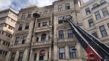 Son dakika! Beyoğlu'nda korkutan yangın