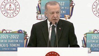 Son dakika! Cumhurbaşkanı Erdoğan yüz yüze eğitim için net konuştu: Devam ettirmekte kararlıyız