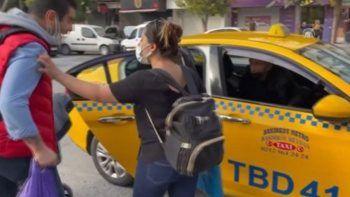 Taksici ile müşteri arasında kısa mesafe kavgası: İstediğin yere şikayet et