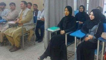 Taliban resmen açıkladı: Üniversitelerde karma eğitim sona eriyor