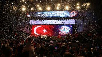 TEKNOFEST'ten görkemli kapanış! Selçuk Bayraktar duyurdu: 2022'de Samsun'da