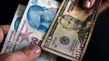 Türk Lirası için kritik hafta geldi: Dolar fiyatı 8,72'yi geçti