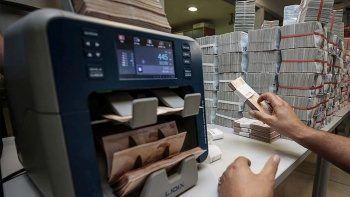 Ünlü Yatırım Holding yatırım bankası kuruyor